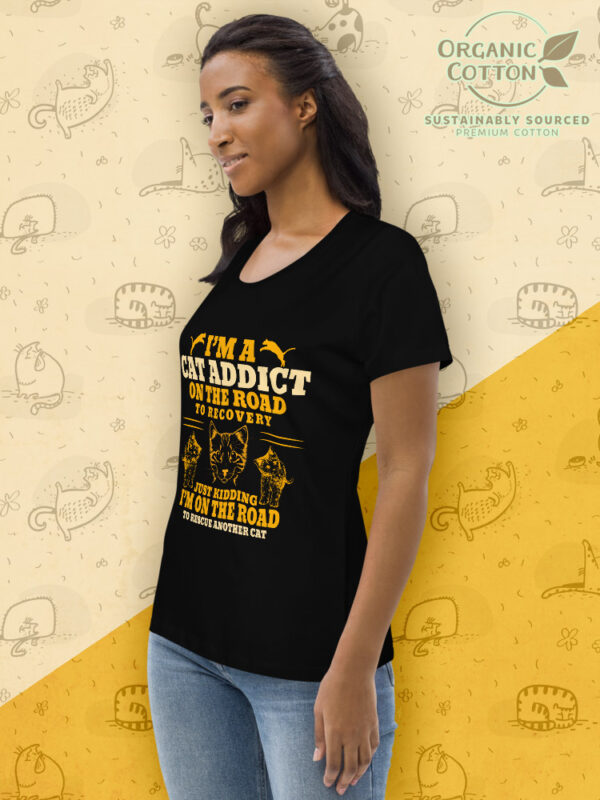 Cat Addict | Women's Fitted Eco Tee